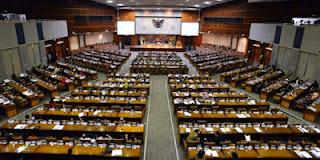 Perbedaan Sistem Pemerintahan Presidensial dan Parlementer