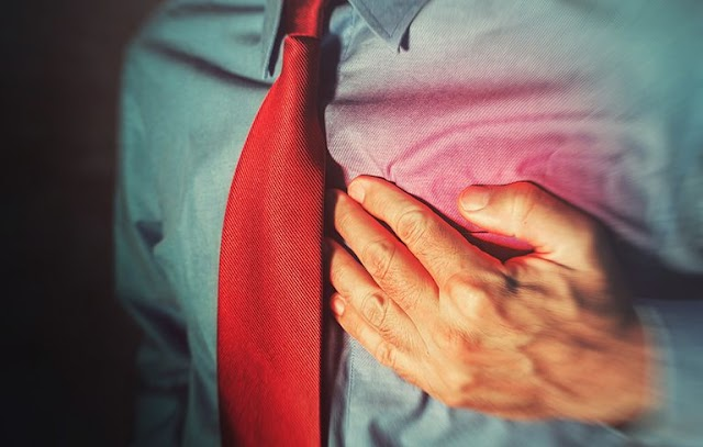 Warning Signs That You May Be At Risk Of A Heart Attack And What To Do