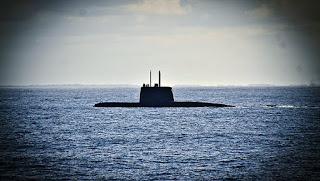 con la partida del barco noruego Sophie Siem, que zarpó ayer con el minisubmarino de Estados Unidos, más la incorporación de sumergibles remotos rusos, se dio inicio a la etapa final del operativo de rescate del ARA San Juan: ahora casi toda la tecnología disponible está desplegada en la zona de búsqueda y sólo queda esperar alguna señal del buque desaparecido hace 13 días.
