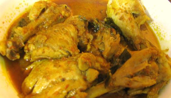 Resep ayam kuah bumbu pecel sepesial