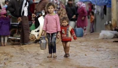 La UE acuerda con Turquía deportar a los refugiados que lleguen a Grecia a partir del domingo