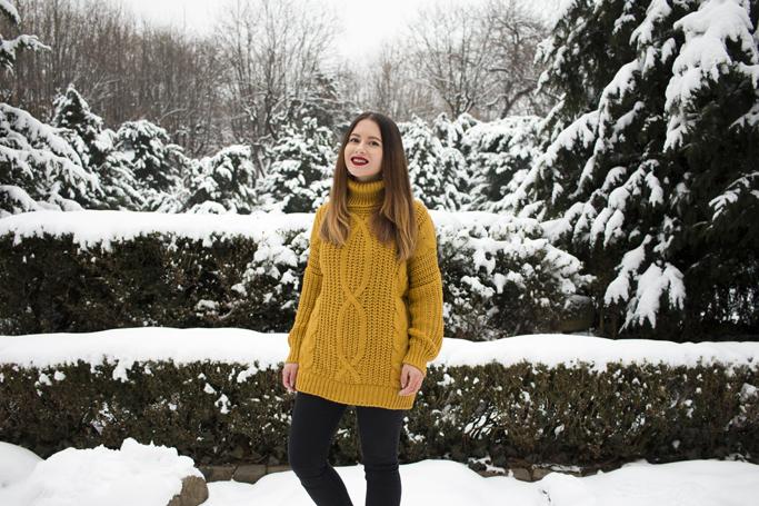 adina nanes yellow sweater