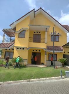 Villa Di Batu Malang dekat Museum Angkut | Villa Batu Yellow