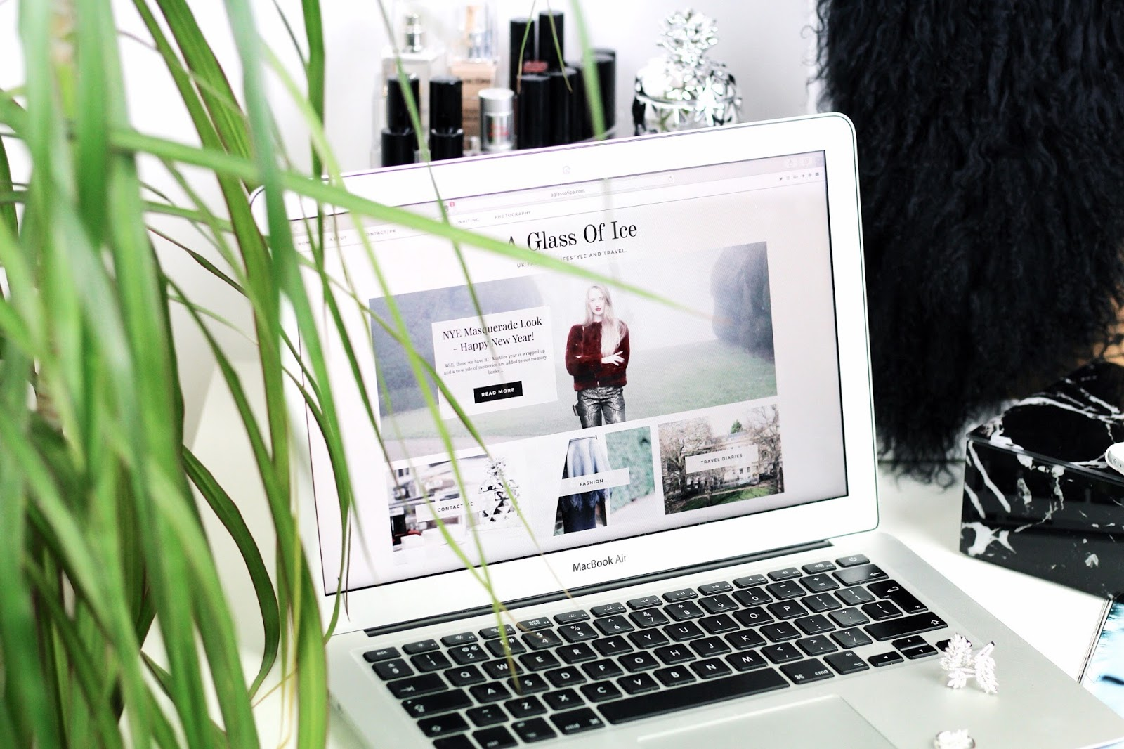 Ways to refresh your blog such as a redesign