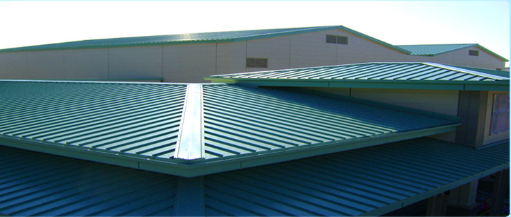 Green metal roofing know the benefits of green metal roofing for Metal hip roof