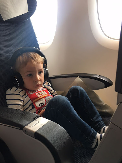 toddler-Puro-headphones-plane