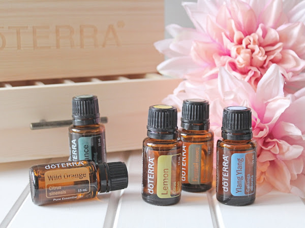 "DoTerra Essential Oils <img src=""https://pic.sopili.net/pub/emoji/twitter/2/72x72/1f338.png"" width=20 height=20>"