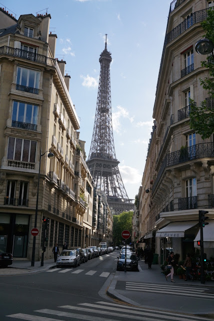 Eiffel Tower Street View