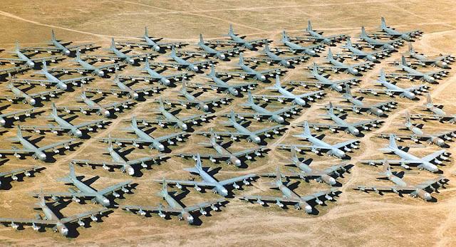 Cemitério de aviões da Base Aérea de Davis-Monthan