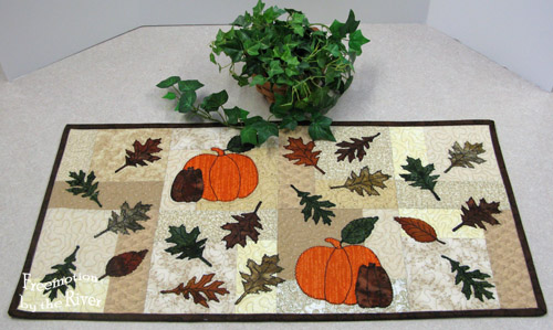 Autumn Leaves Table Runner @Freemotion by the River