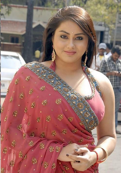 Namitha Tamil Actress Hot Photos Wallpapers