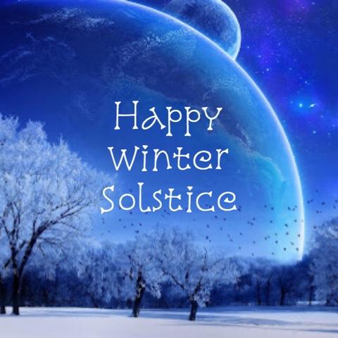 https://3.bp.blogspot.com/-aRHRDFNR6FE/WFpzse7RztI/AAAAAAAAPWU/zBtwxfrvU947iXWv-2g3HE5rx8fDrtGTACLcB/s1600/winter.solstice.2016.jpg
