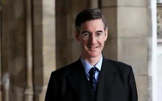 """Robert Hutton, Kitty Donaldson. Anglų džentelmeno iškilimas gresia """"kietuoju"""" Brexitu"""