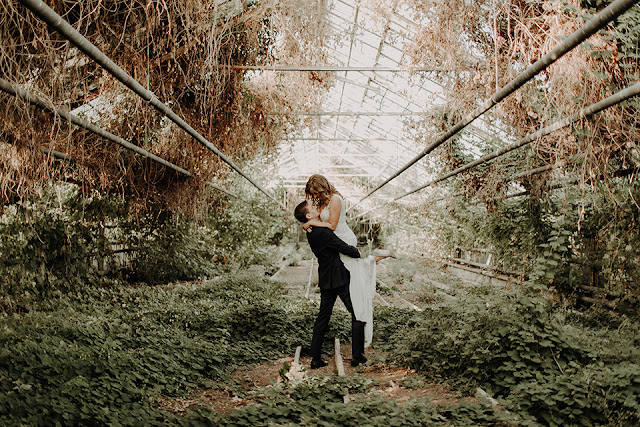 Romantyczna ślubna sesja zdjęciowa w szklarni Anita Wąsik Fotografia
