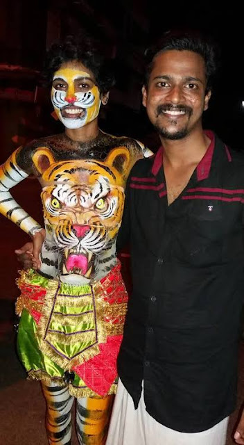 REHANA FATHIMA BODY PAINTING