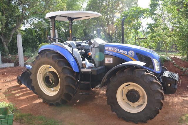 En cumplimiento a Visita Sorpresa 169, productores de jengibre de Samaná reciben tractor