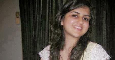 Pakistani Girls Fashion Arisha Zafar Karachi