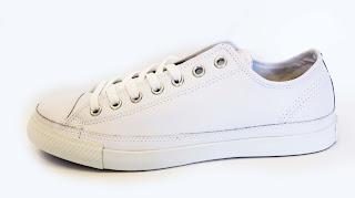 f46e89f72cb488 CHUCK TAYLOR CONVERSE ALL STAR White LEATHER Low CT LP Low Profile OX  135566 ราคา 3750 บาท รองเท้าหนัง หุ้มส้น สีขาว รุ่น 135566