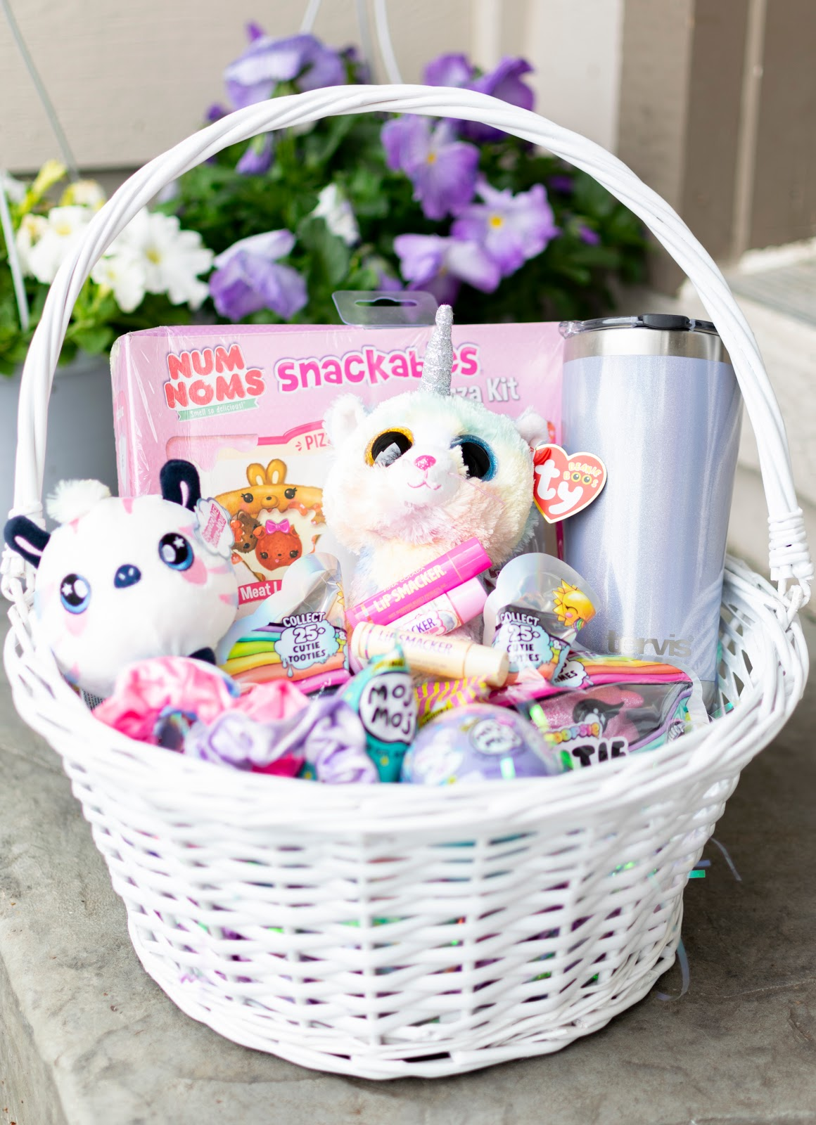 Easter Basket Gift Ideas For Girls The Easter Bunny Himself Couldn T Do Better Daphnie Pearl