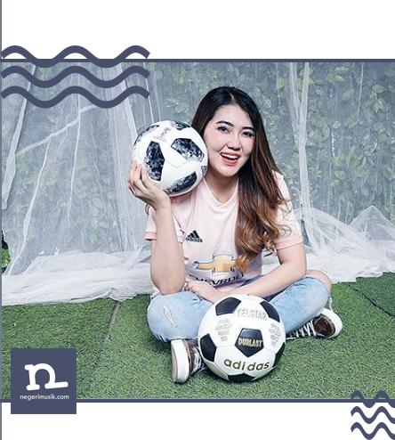 Review: Via Vallen, Sang Dewi 'Athena' Musik Dangdut di Tahun 2018!