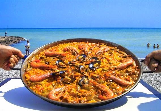 Una paella en la playa, Valencia