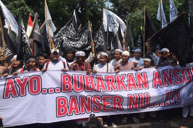 Massa Aksi Bela Kalimat Tauhid: Bubarkan Ansor dan Banser NU