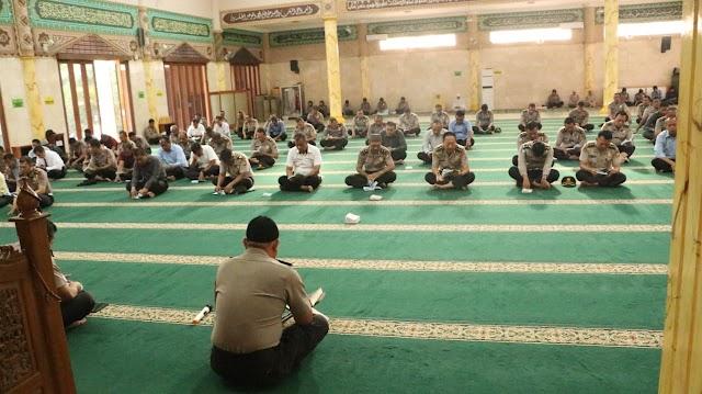 Kamis Binrohtal Digelar Biro SDM Polda Banten