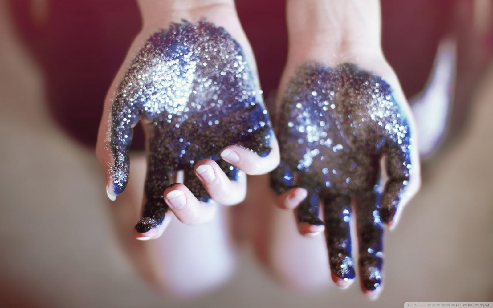 arquivos de rafaela, mãos com glitter, mãos tumblr