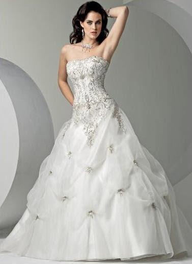 edd719f02 Veja os melhores modelos de vestido de noiva estilo princesa e nossas dicas  para você não errar no dia de seu casamento: