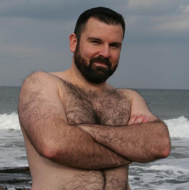 Hairy muscle bear movies