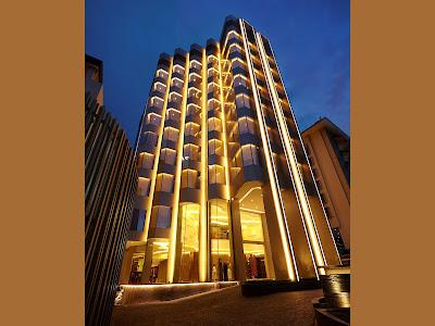 gedung hotel ashley jakarta