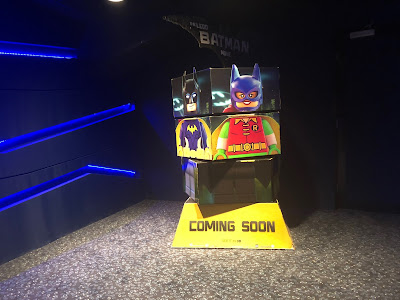 Lego Batman The Movie Wows Everyone With Their Custom Standee