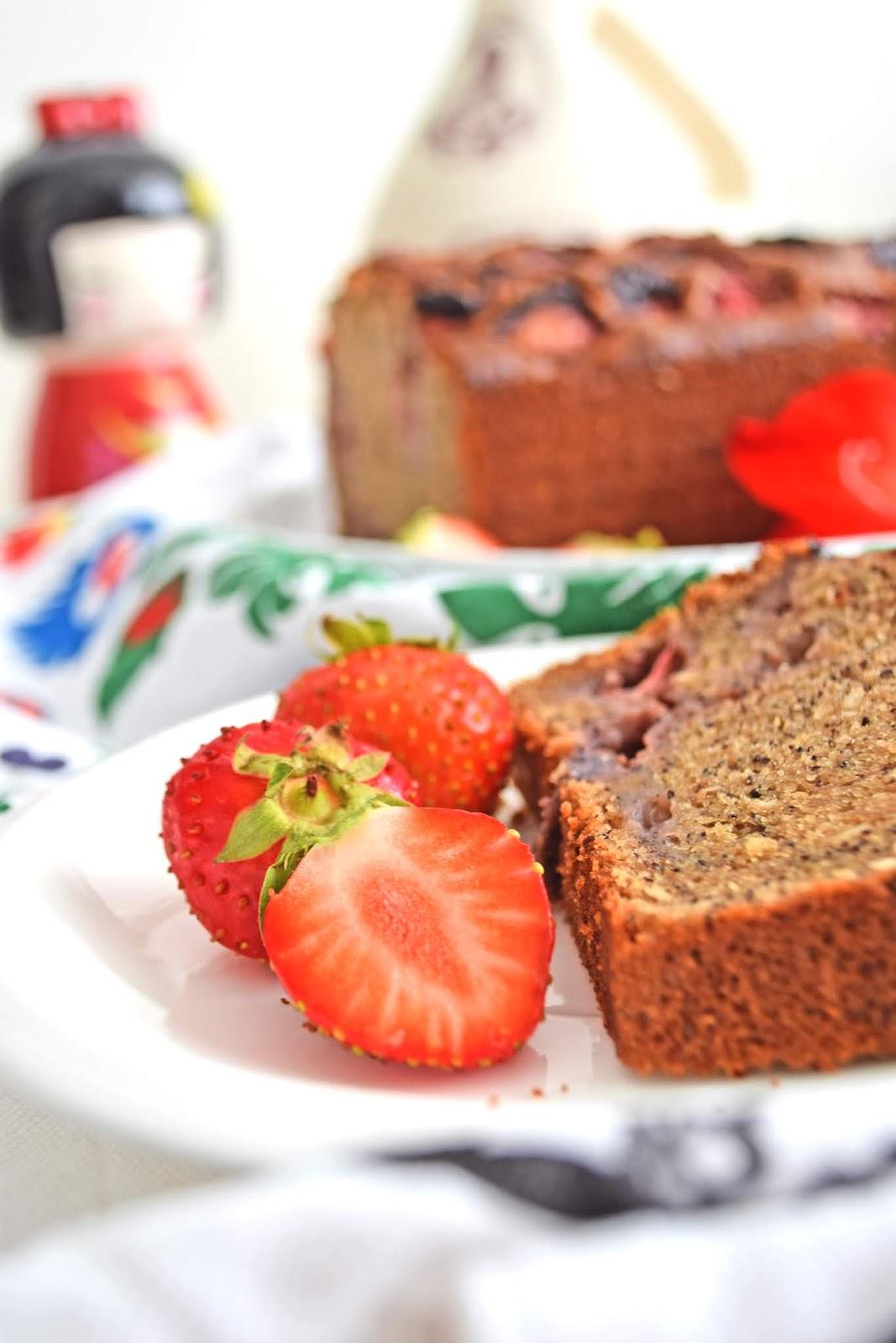 Vegan cake with strawberries