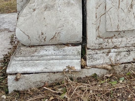 Photograph of Damage to the south side of the tomb - September 30, 2018  Image by the North Mymms History Project released under Creative Commons BY-NC-SA 4.0