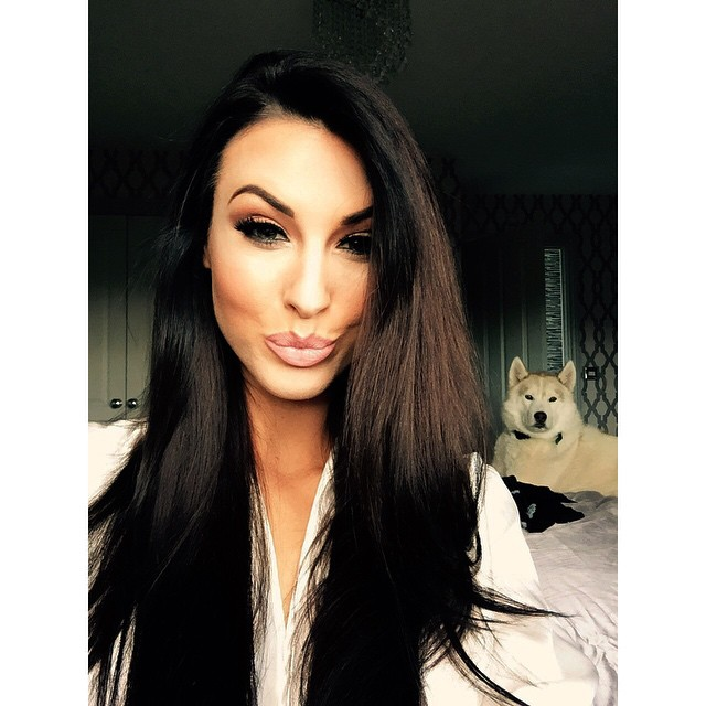 alice-goodwin-instagram-selfie-picture