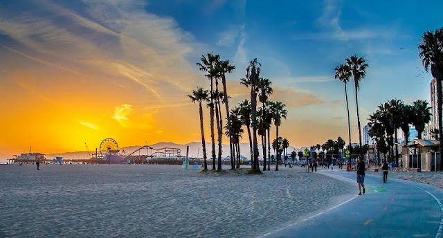 Movimentação de turistas no mês de dezembro em Los Angeles