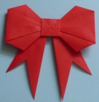 Cómo hacer moños de papel para el árbol de navidad o para regalos