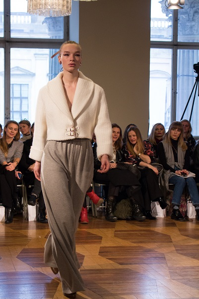 Follow Heart and Soul for Fashion on their trip to the Mercedez Benz Fashion Week in Berlin. Check out the latest trends and inspirations for autumn/winter 2016/2017 by Marina Hoermanseder.
