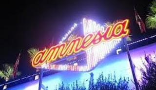 Wisata Malam di Amnesia Bandung