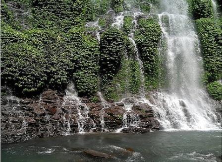 Air Terjun Curug Maung