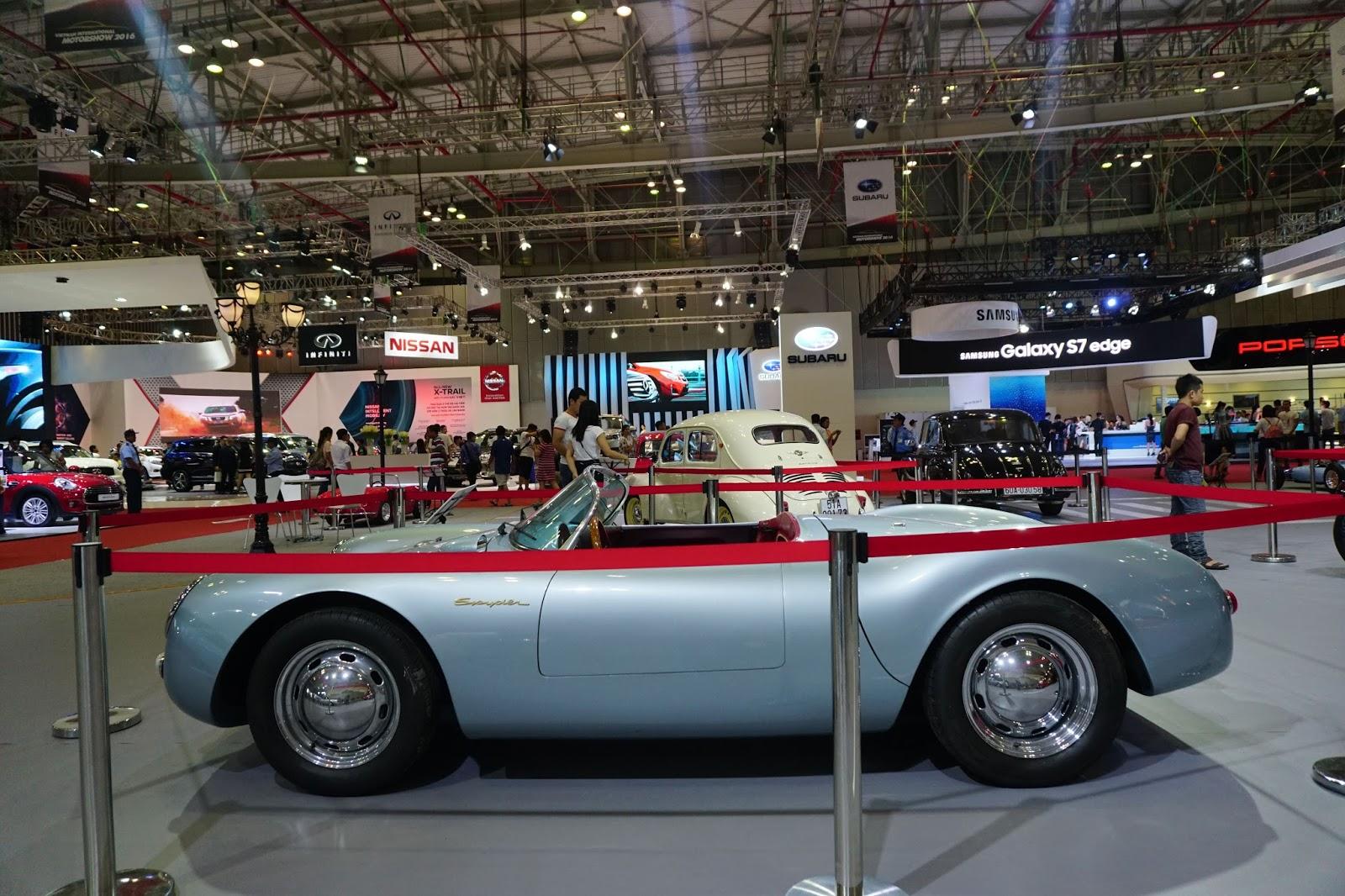Siêu phẩm giống của James Bond 007 là Porsche 550