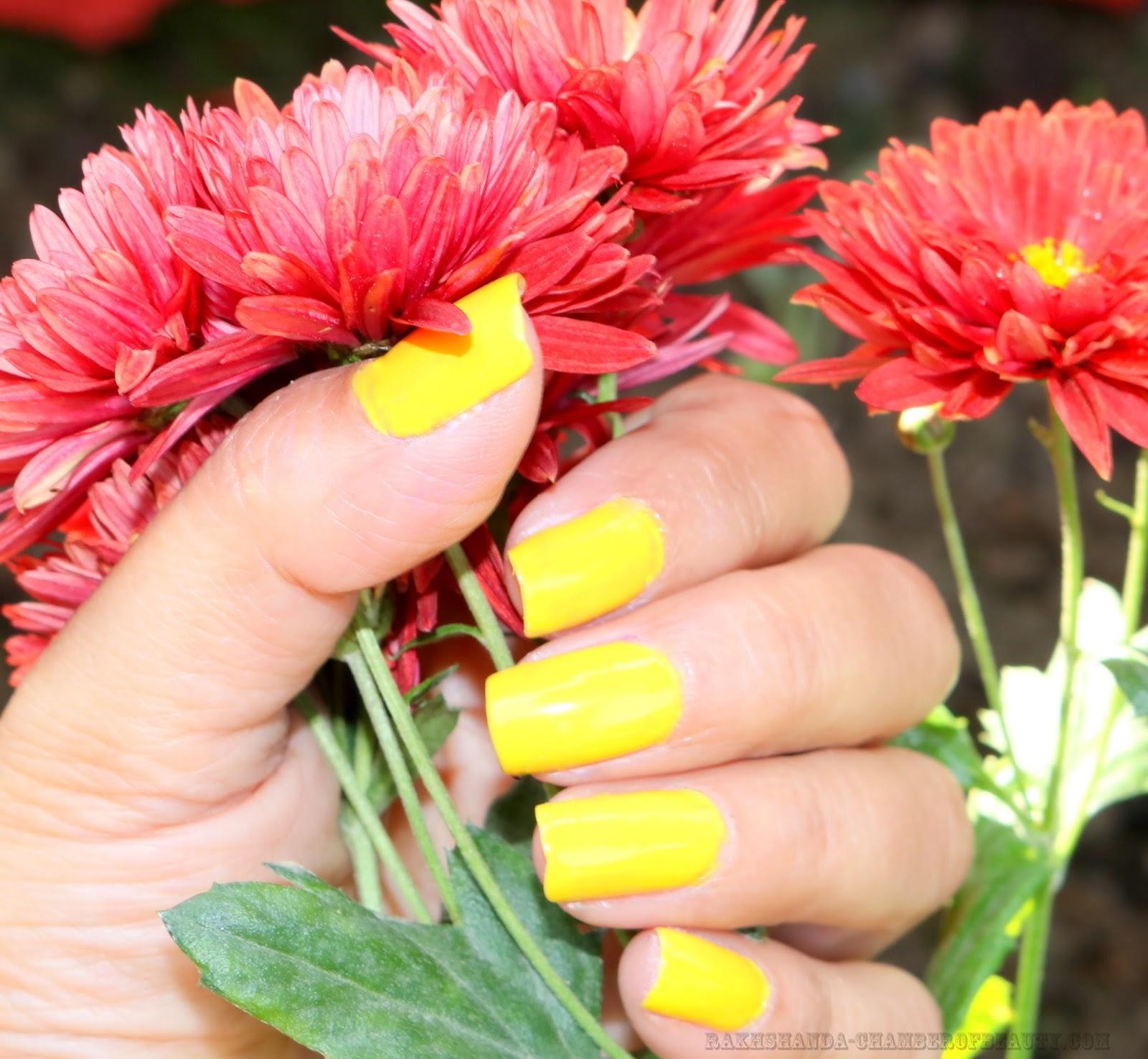 rakhshanda-chamberofbeauty.com/MAYBELLINE COLOR SHOW Sweet Sunshine - NOTD