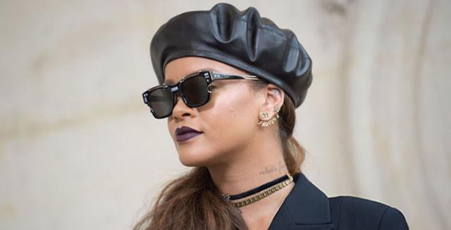 Rihanna That La La La MP3, Video & Lyrics