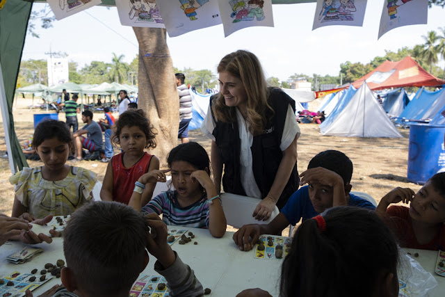 Paloma Escudero, UNICEF Director of Communication, visits migrant families waiting at the Mexico-Guatemala border to apply for a humanitarian visas in Tecun Uman, Guatemala, on January 29, 2019