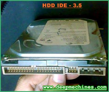 "Bentuk Hardisk 3.5"" dengan IDE Kabel Interface"