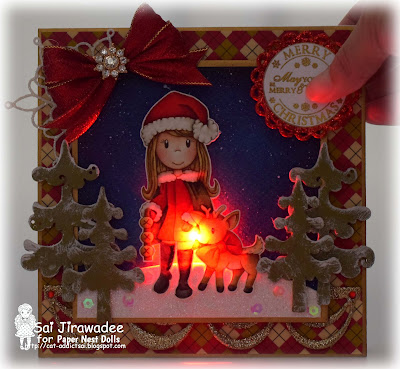 PND Holiday Friends Light Up Card