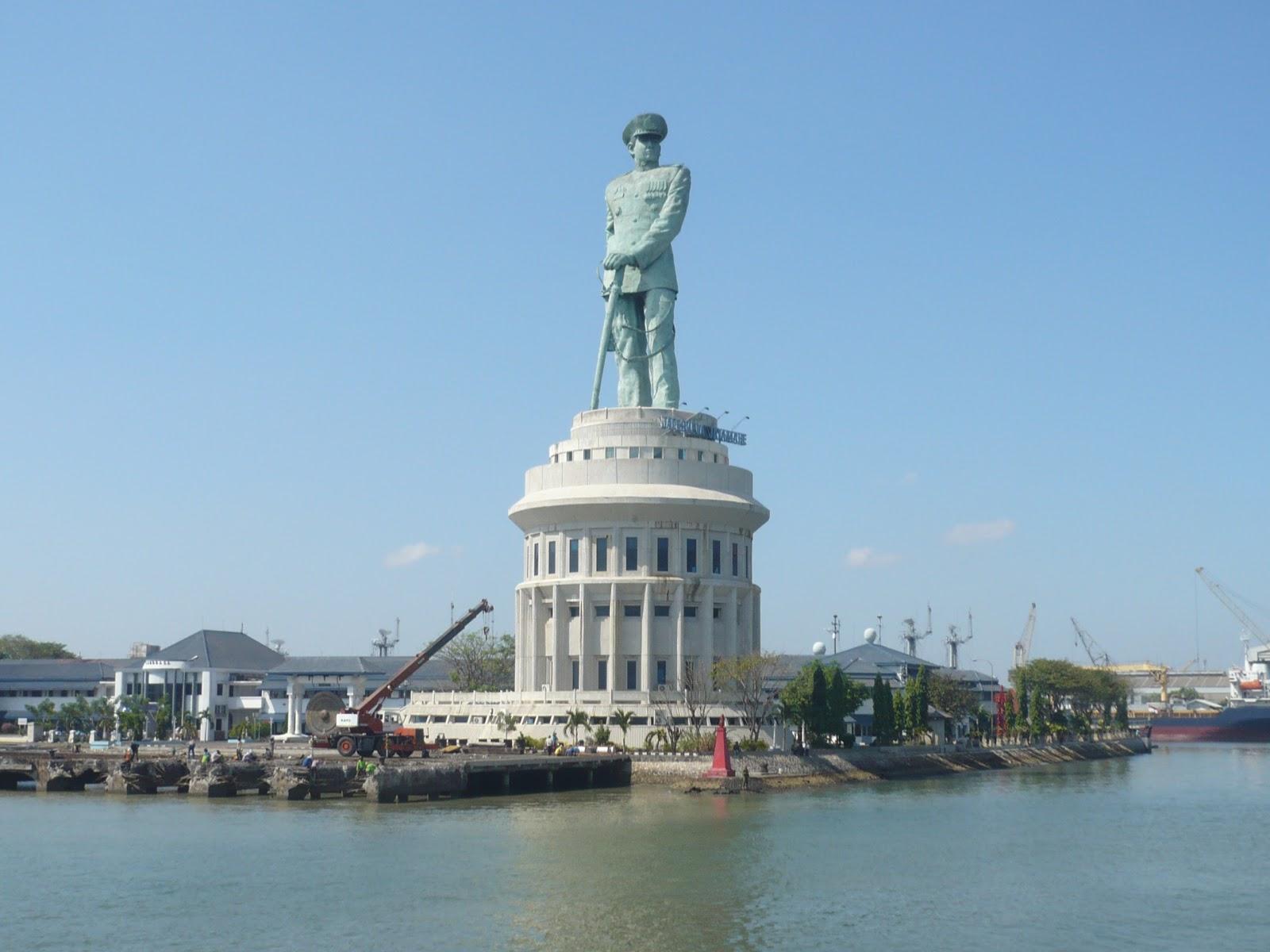 Wisata Indonesia: Indahnya SUNSET di area Pelabuhan ...