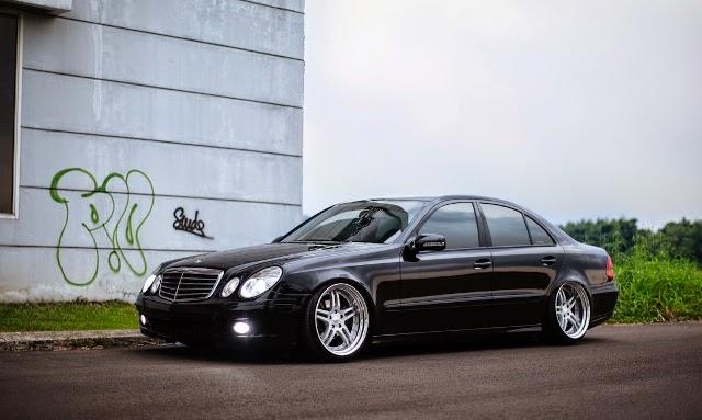Mobil Mercedes Benz elegan velg 18