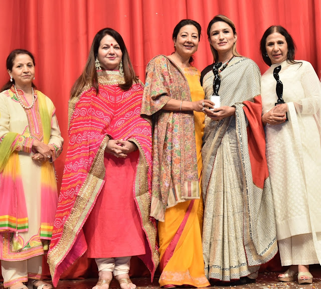 Aneesha Munjal, Kiran Chopra, Neelam Pratap Rudy, Makeup Expert, Aashmeen Munjaal with Designer Leena Singh