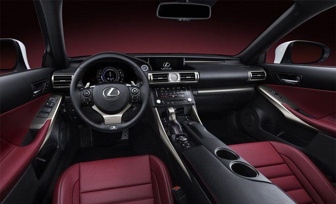 2013 Lexus IS 300h interior